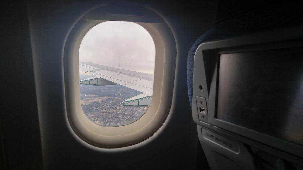 טיסות ארוכות, אתגר לסובלים מקלאוסטרופוביה