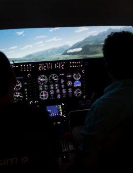 סימולטור טיסה להתגברות על פחד מטיסה